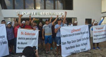 Habitantes de Akumal alzan la voz en el Congreso