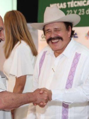 Impulsa Carlos Joaquín mejores tarifas de energía para la gente